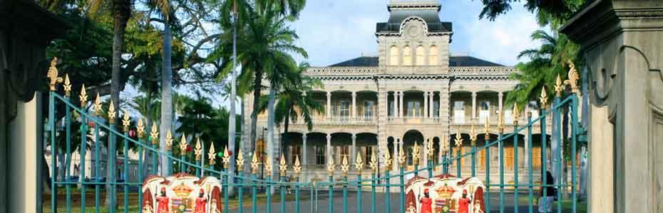 Iolani_palace_Banner02
