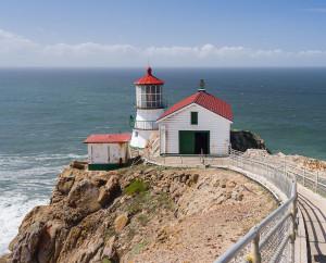 Point_Reyes_Lighthouse_(April_2012)